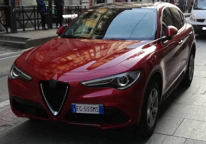 Alfa Romeo Stelvio Veloce.