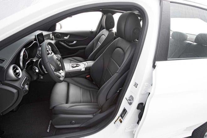 Mercedes Benz C300 sedili anteriori pelle nera