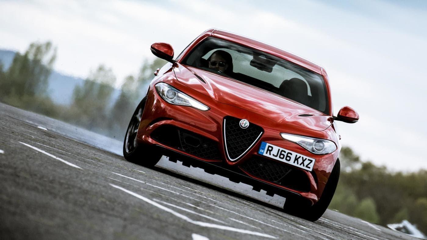 Alfa Romeo Giulia Premio Autocar