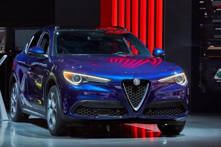 Alfa Romeo Stelvio con nuovo motore 2.2 diesel: via agli ordini