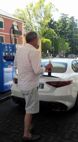 Jeremy Clarkson immortalato in Italia