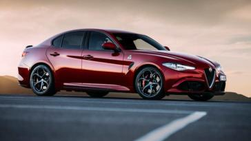 Alfa Romeo Giulia Car of the Year 2018 Motor Trend