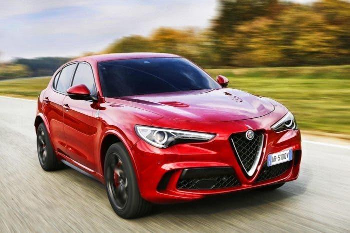 Alfa Romeo Stelvio Quadrifoglio recensioni