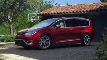 Fiat Chrysler richiamo Chrysler Pacifica