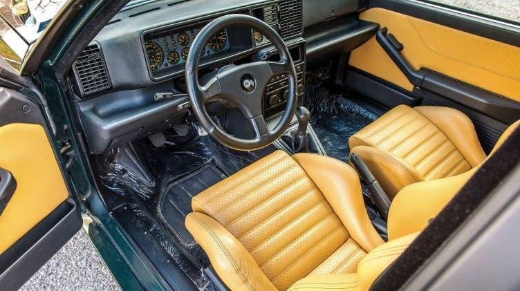 Lancia Delta HF Integrale Verde York asta