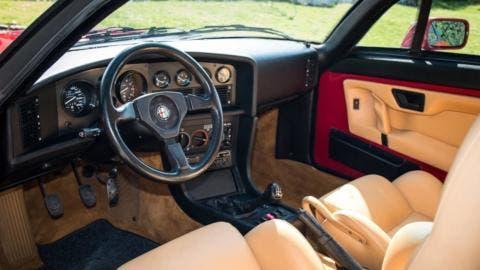 Alfa Romeo SZ esemplare asta