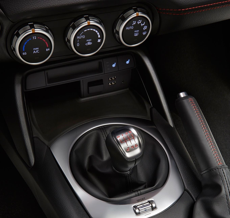Fiat 124 Spider AutoUncle