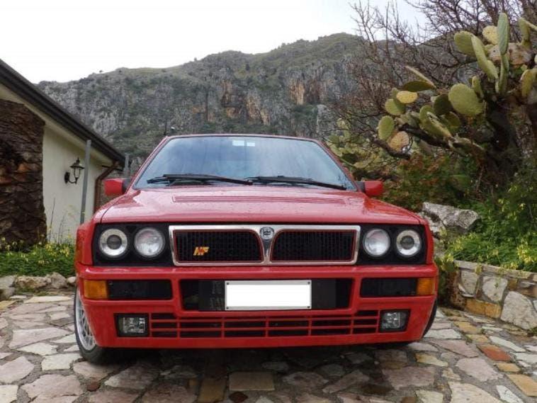 Lancia Delta HF Integrale esemplare vendita Palermo