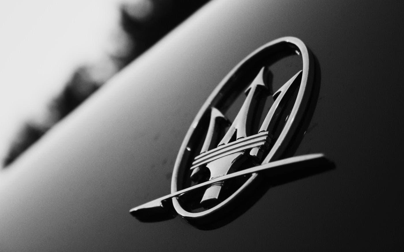 Maserati Supercar motore centrale render