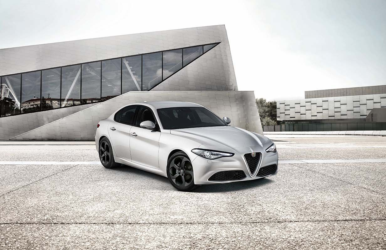 Alfa Romeo Giulia Sport Edition (2)