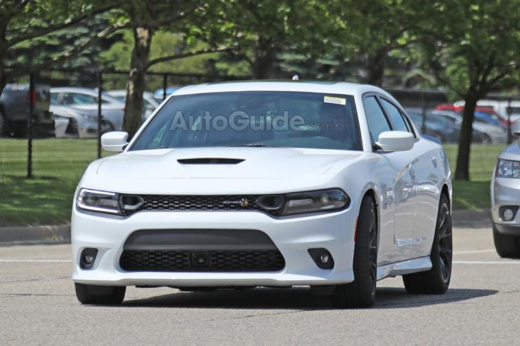 Dodge Charger Scat Pack 2019 foto spia