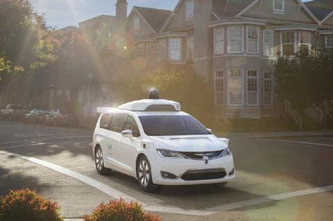 Fca amplia collaborazione con Waymo per guida autonoma - Industria