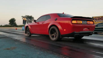 Dodge Challenger SRT Demon drag strip