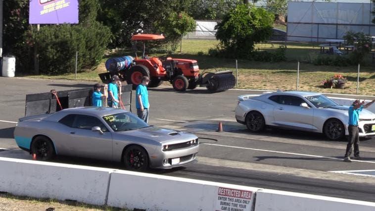 Dodge Challenger SRT Hellcat vs Chevrolet Camaro ZL1