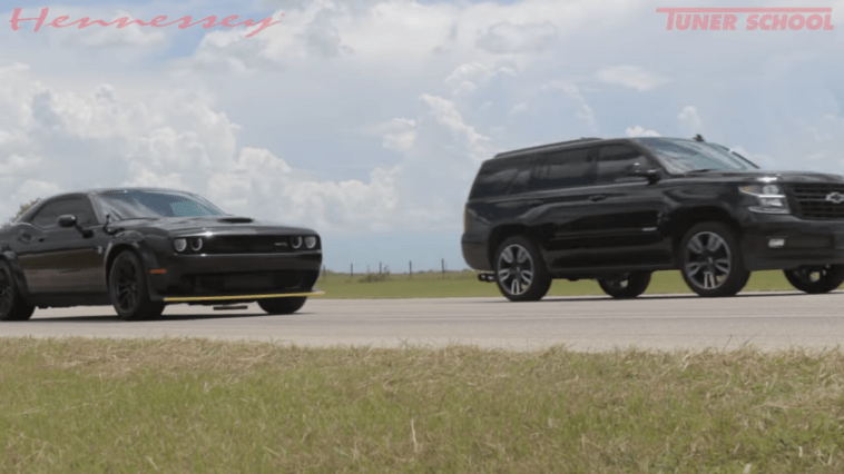 Dodge Challenger SRT Hellcat vs Chevrolet Tahoe RST HP800 video