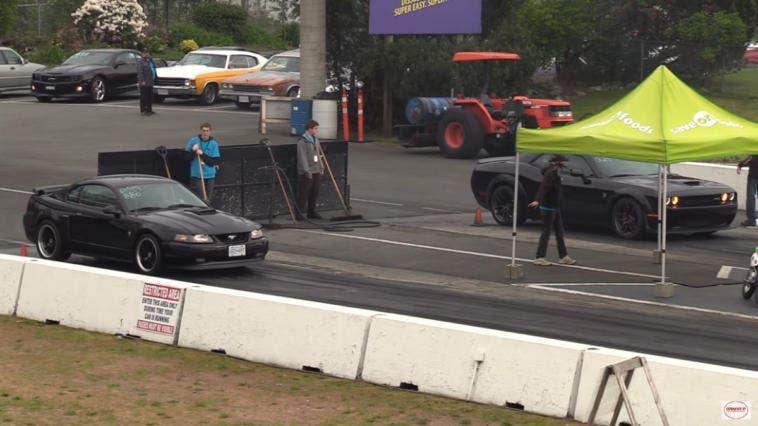 Dodge Challenger SRT Hellcat vs Ford Mustang Mach 1 vs Chrysler 300C