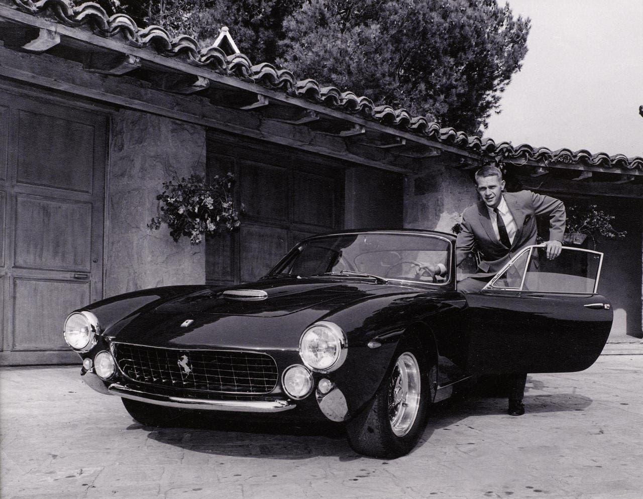 Ferrari attaccata familiari Steve McQueen