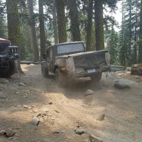 Jeep Scrambler foto spia Rubicon Trail