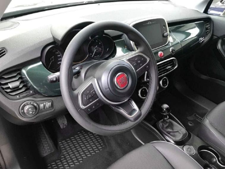 Nuova Fiat 500X abitacolo