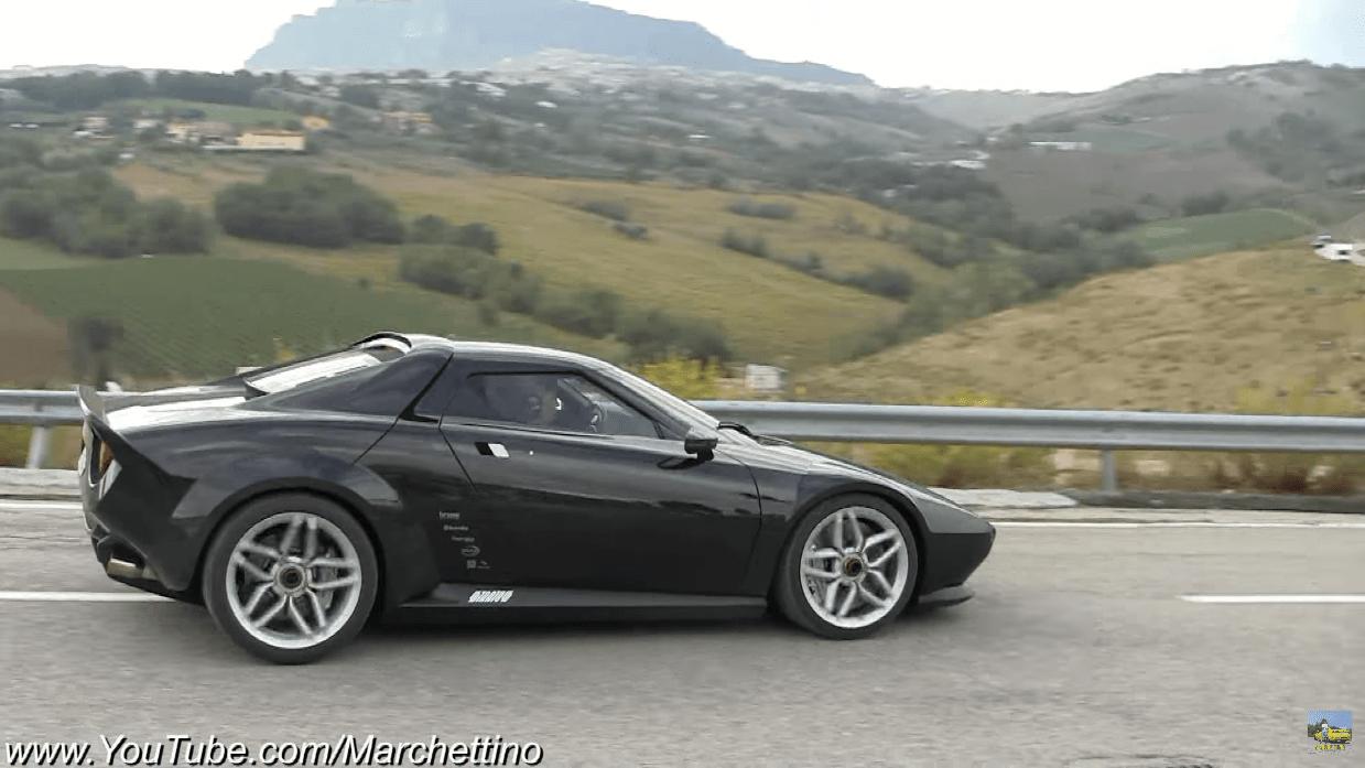 Lancia New Stratos vs Lancia Stratos video