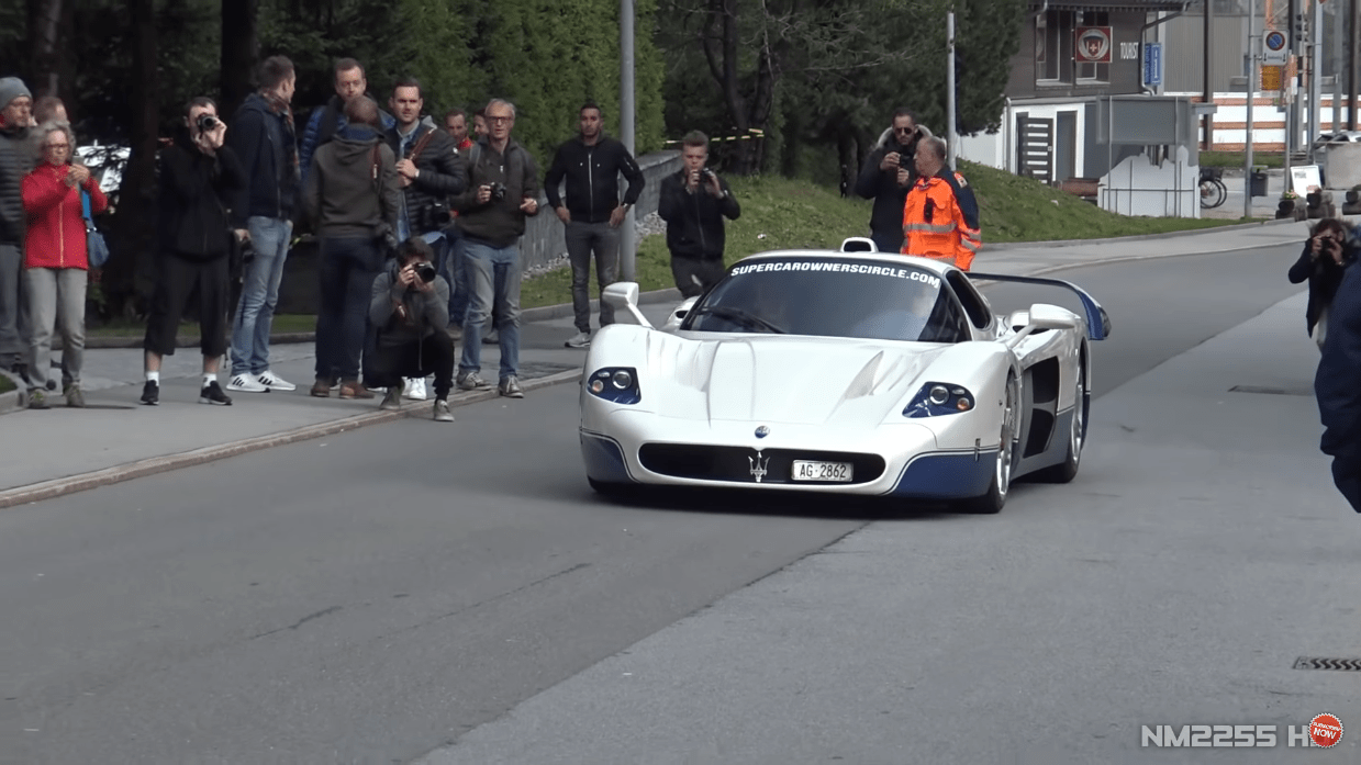 MaseratiMC12 scarico aftermarket video