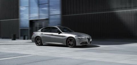 Alfa Romeo Giulia, Stelvio e Giulietta Nero Edizione UK