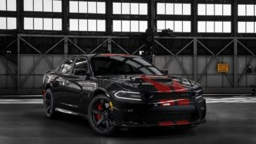 Dodge Charger SRT Hellcat 2019 nuove strisce
