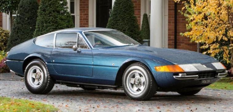 Ferrari Daytona scuola guida asta
