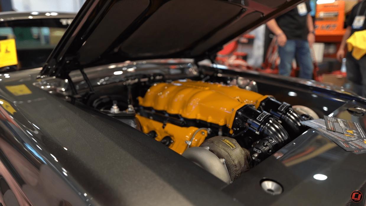 Ford Mustang 1968 motore Ferrari V8