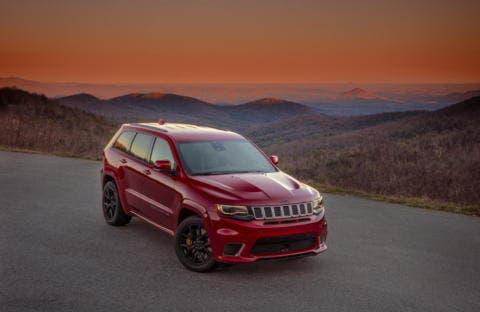 Jeep Grand Cherokee SRT 2018 e Trackhawk richiamo esemplari