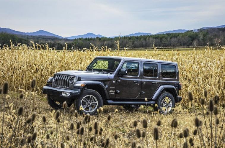 Jeep wrangler eletta fuoristrada dell 39 anno da motor trend for Motor trend truck of the year