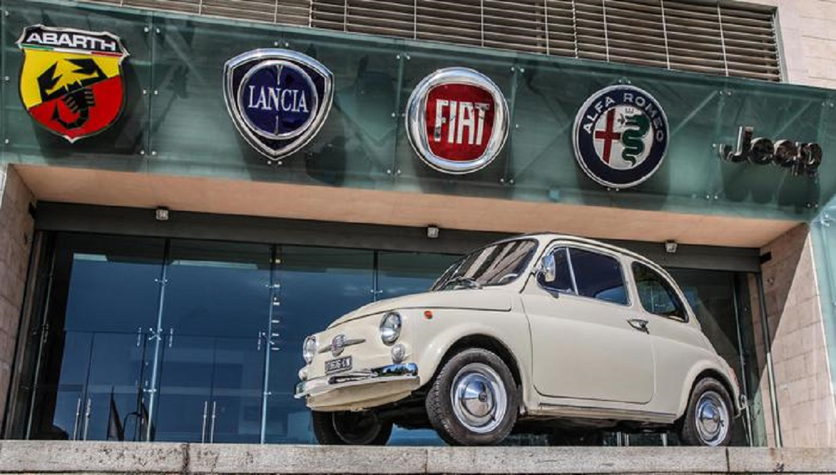 Fiat 500 serie F MoMA New York