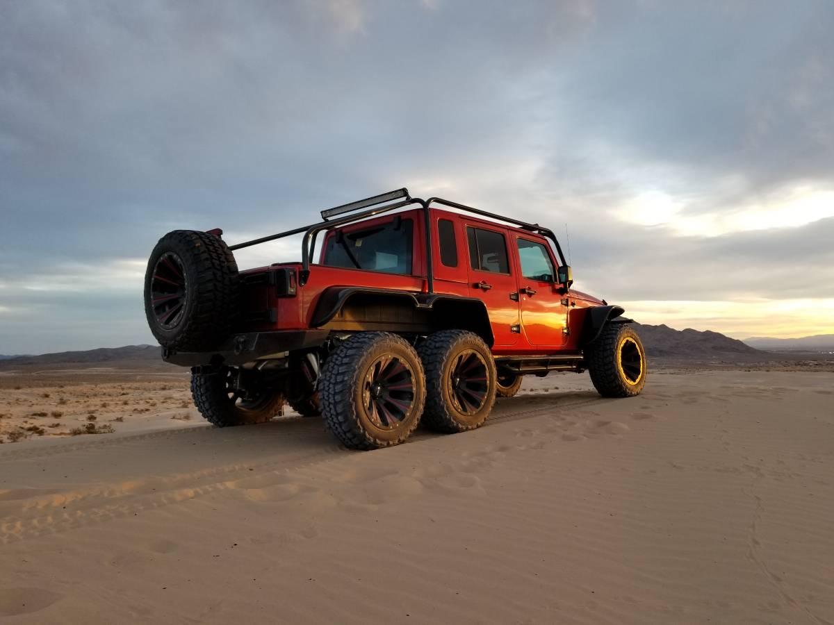 Jeep Wrangler 6×6 2017 Hellcat