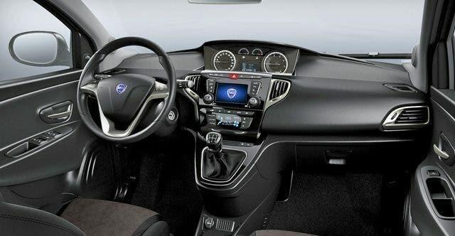 Lancia Ypsilon Mopar Connect