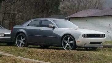 Chrysler 300 prima Dodge Challenger 4 porte