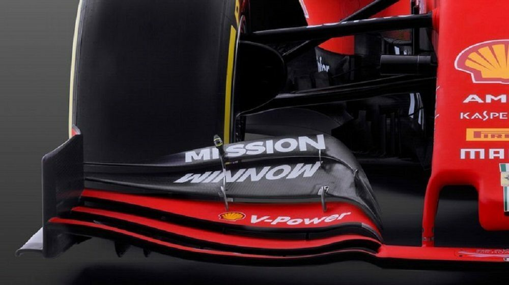 Ferrari SF90: sospensione push rod