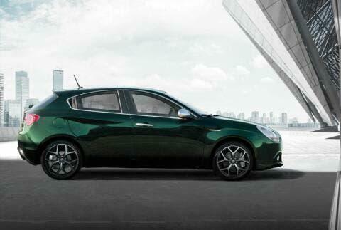 Alfa Romeo Giulietta Launch Edition (1)