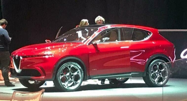 Alfa Romeo Tonale, concept SUV ibrido [foto e video]