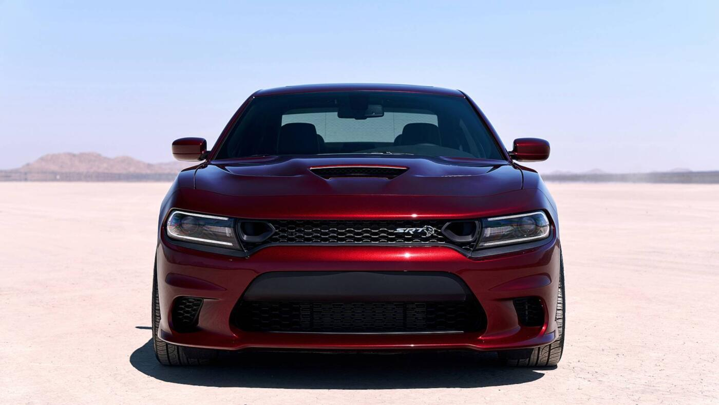 Dodge Charger SRT Hellcat pacchetto Satin Black