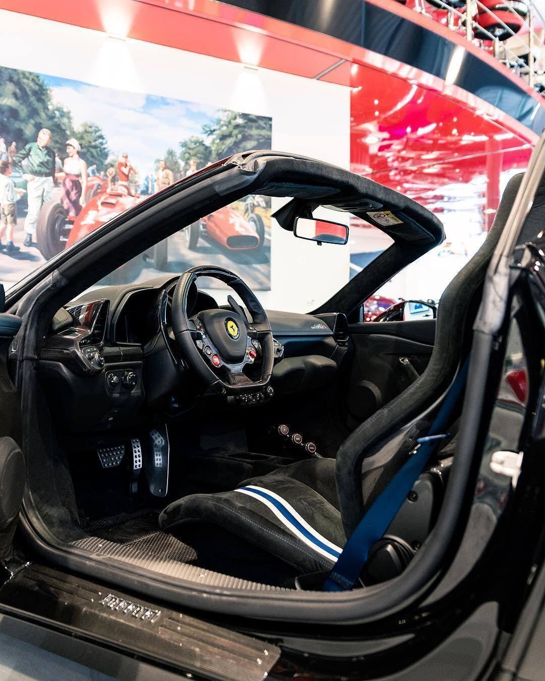 Ferrari 458 Speciale Aperta Nero DS