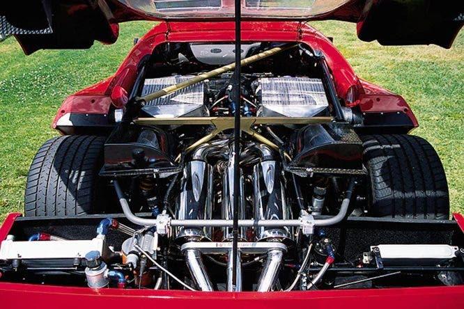 Ferrari F40 LM replica motore V8 Lexus