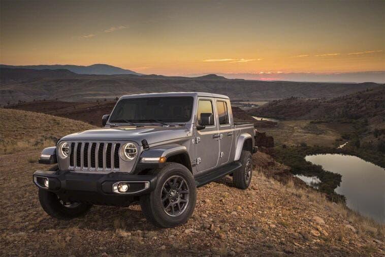 Jeep Gladiator Parte Da 35 040 Dollari Ufficiale Clubalfa It