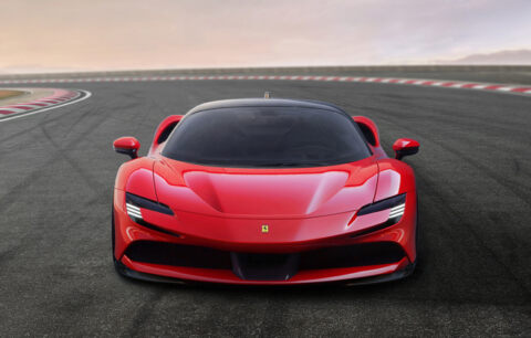 Ferrari SF90 Stradale Anteriore