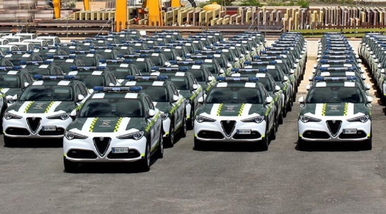 Alfa Romeo Stelvio Guardia Civil