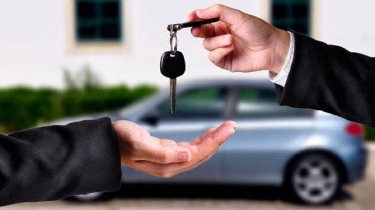 Crescono car sharing e noleggio ma gli italiani preferiscono ancora l'auto di proprietà