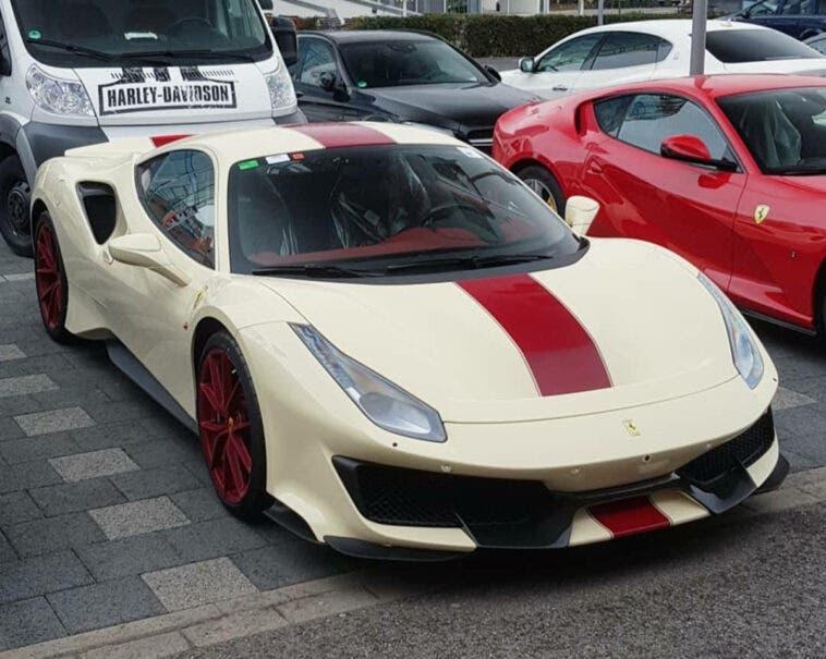 Ferrari 488 Pista Avorio
