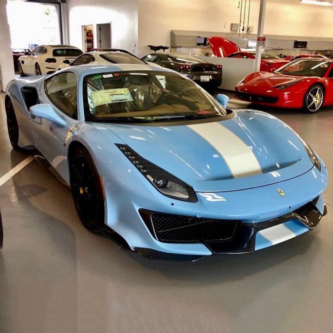 Ferrari 488 Pista Azzurro La Plata