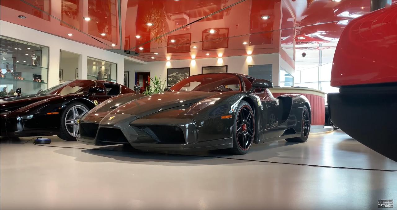 Ferrari Enzo fibra di carbonio