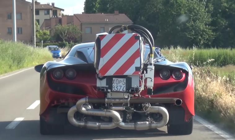 Ferrari F8 Tributo particolare esemplare