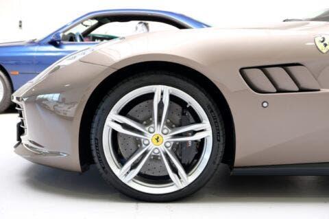 Ferrari GTC4Lusso Marrone Metallic